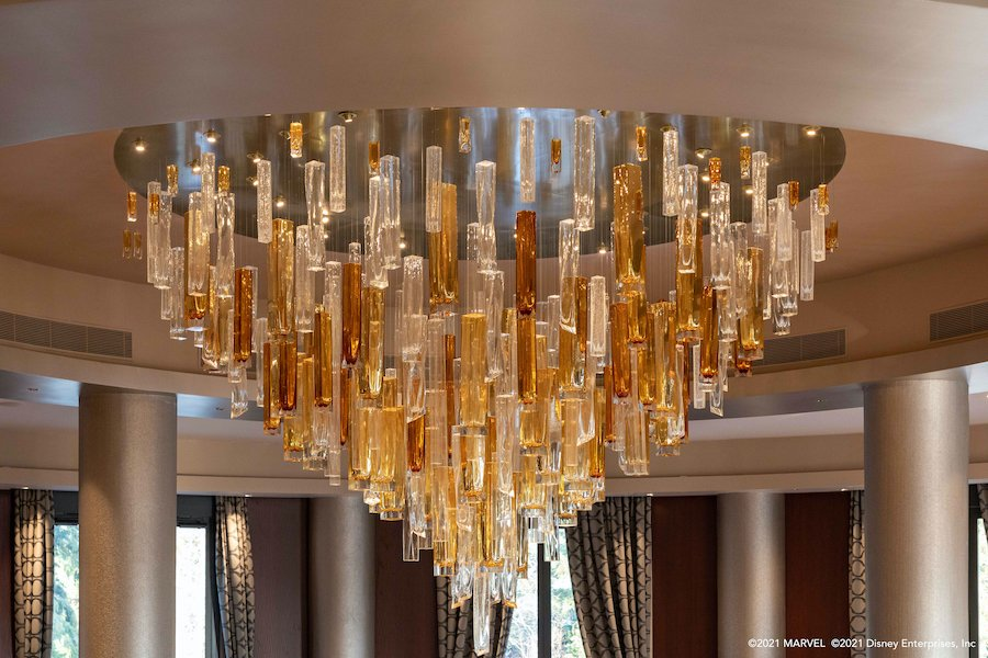 marvel-hotel-new-york-chandelier.jpeg