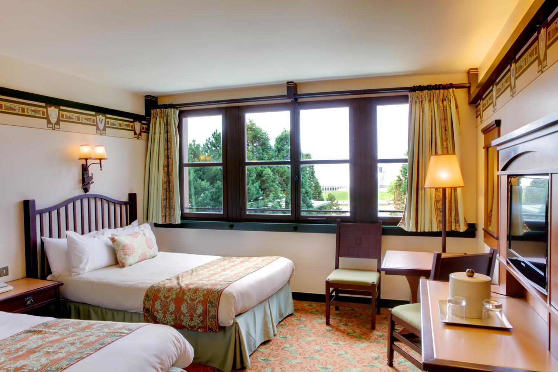 Disney 39 s sequoia lodge hotel disneyland paris disney magic for Hotel sequoia lodge piscine